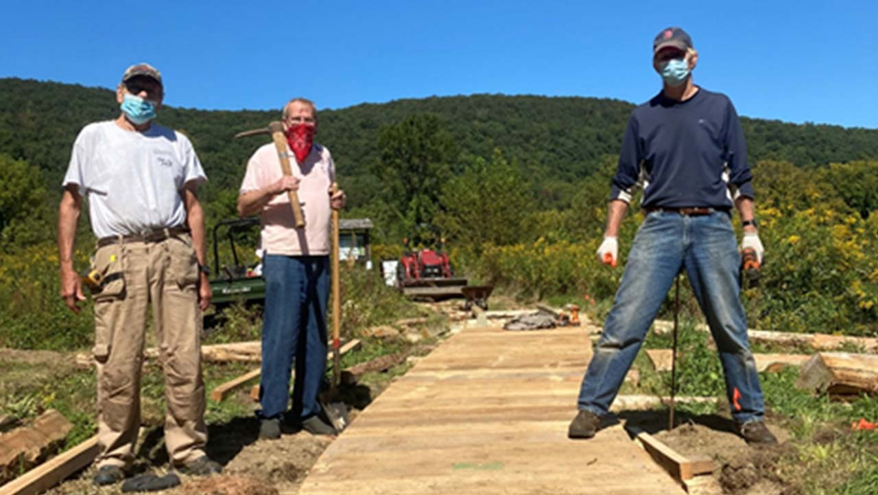 MONTHLY TRAIL WORK PARTY: A VOLUNTEER OPPORTUNITY